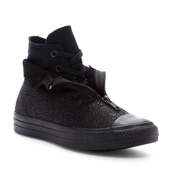 c61961c936262d Converse Shoes